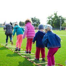 Kinder mit Neurodermitis sollten Sport machen